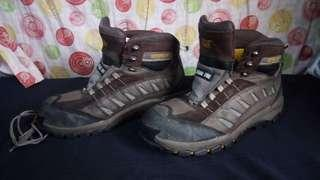Caterpillar safety shoes