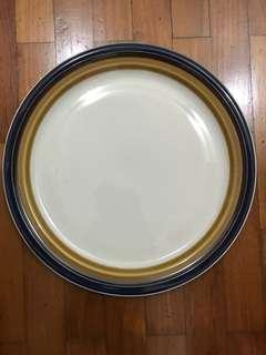 Large porcelain plate stone ware stoneware dishwasher safe oven microwave proof Japan largo 8586