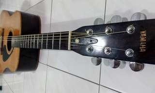Yamaha Vintage Acoustic FG 335