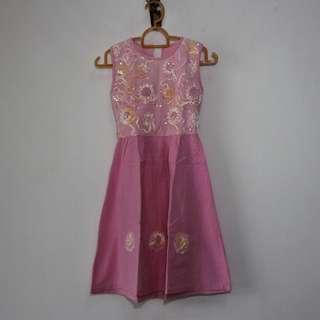 Girl's dress (6-8 years old) #SBUX50