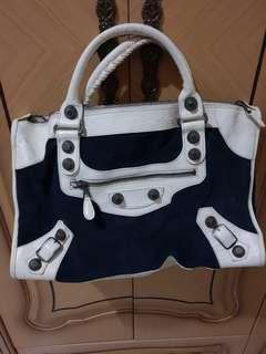 Balenciaga COLORBOX Velvet Midgnight Blue and white leather, 100 % Authentic,  Need Spa immediately 😊