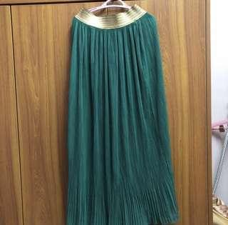 Green Long Pleated Skirt