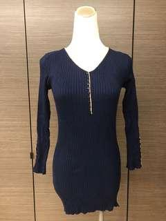 🚚 針織假排釦造型上衣 有彈性