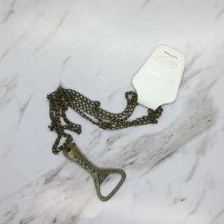 包郵 頸鏈