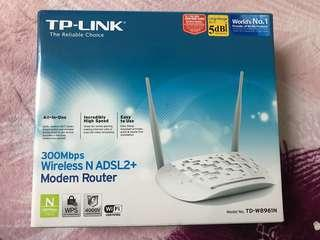 Tp-Link (Modem Router)