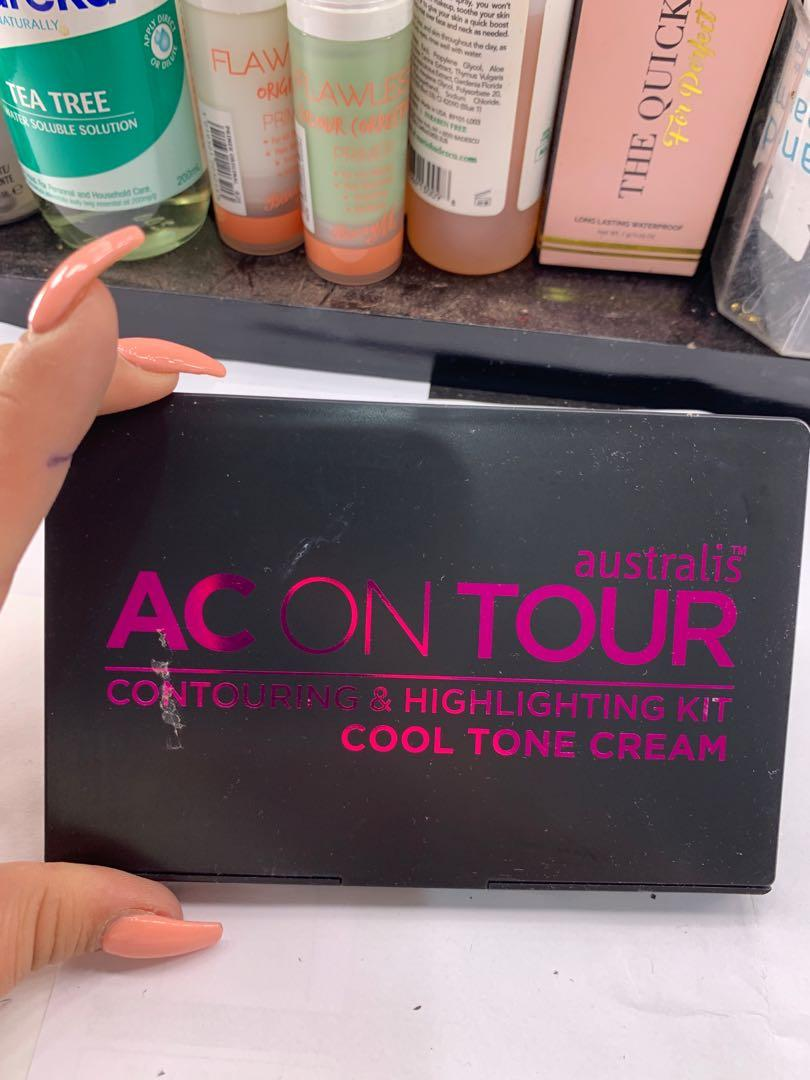Ac on your contour kit