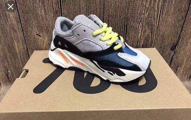 huge discount f280e 0f6a6 Adidas yeezy 700 ( kids)