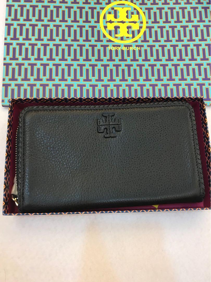 Authentic Tory Burch large wallet ready stock