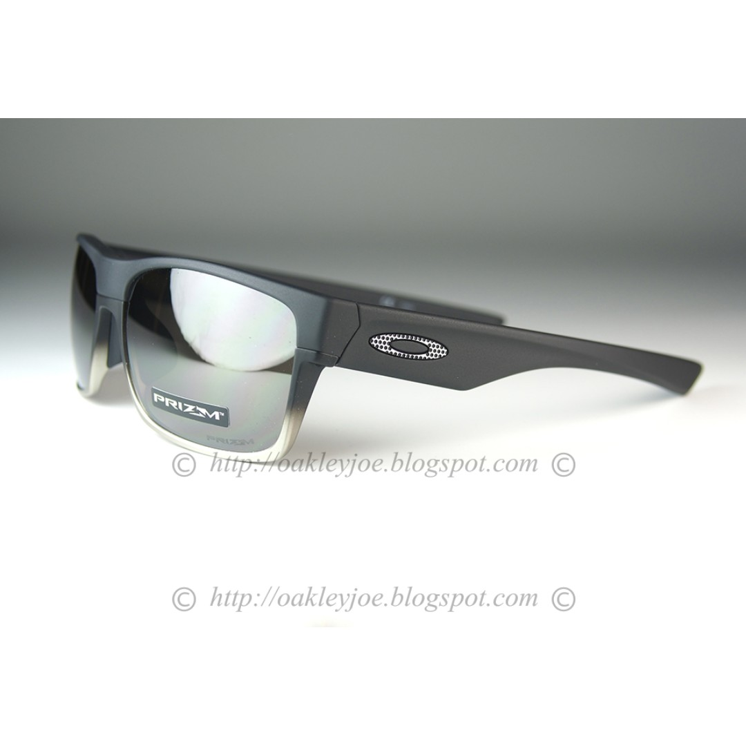 51f92341a70 BNIB Oakley Twoface Asian Fit matte black + prizm black oo9256-1360 ...
