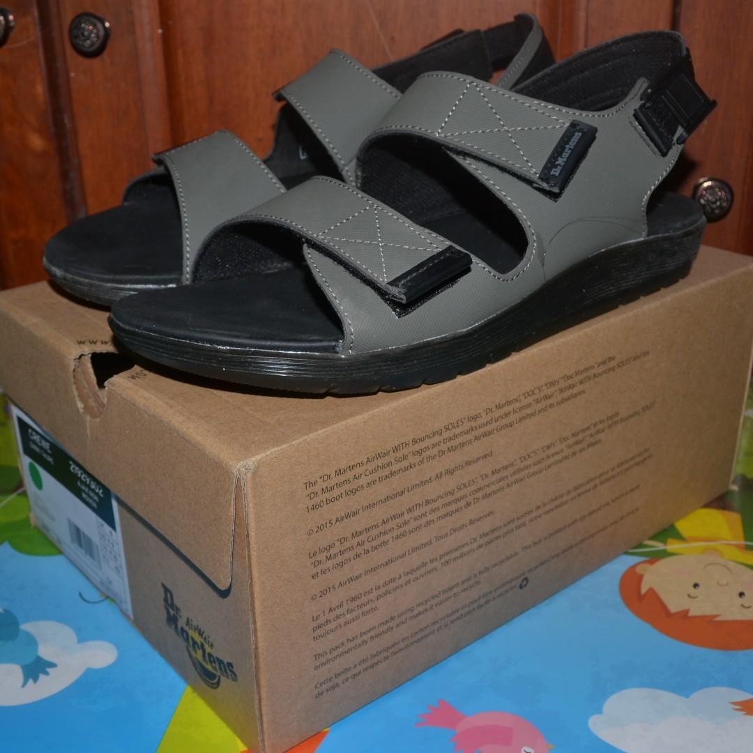 dr martens crewe sandals