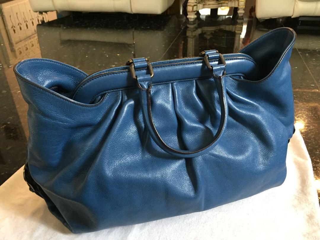 3b18e5b8c53c Fendi original 100% handbag