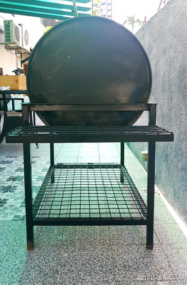 Custom-made 55-gallon drum BBQ grill