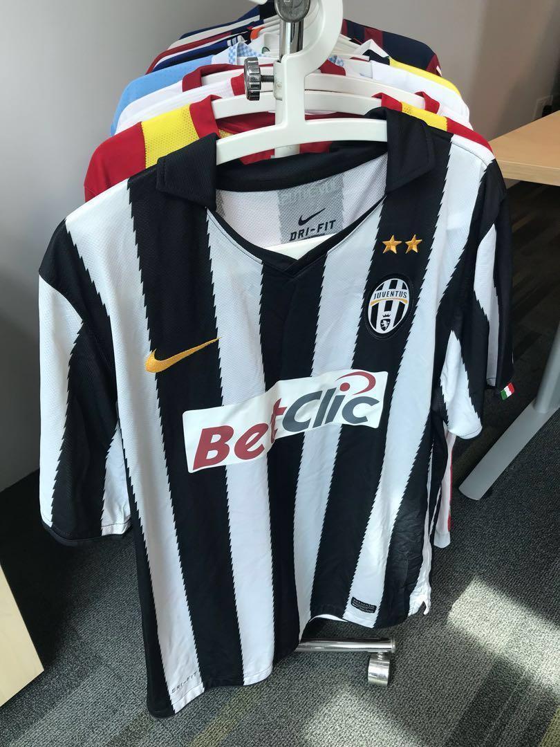 best website 8d5a6 e207f Juventus jersey top 2010/2011, Sports, Sports Apparel on ...