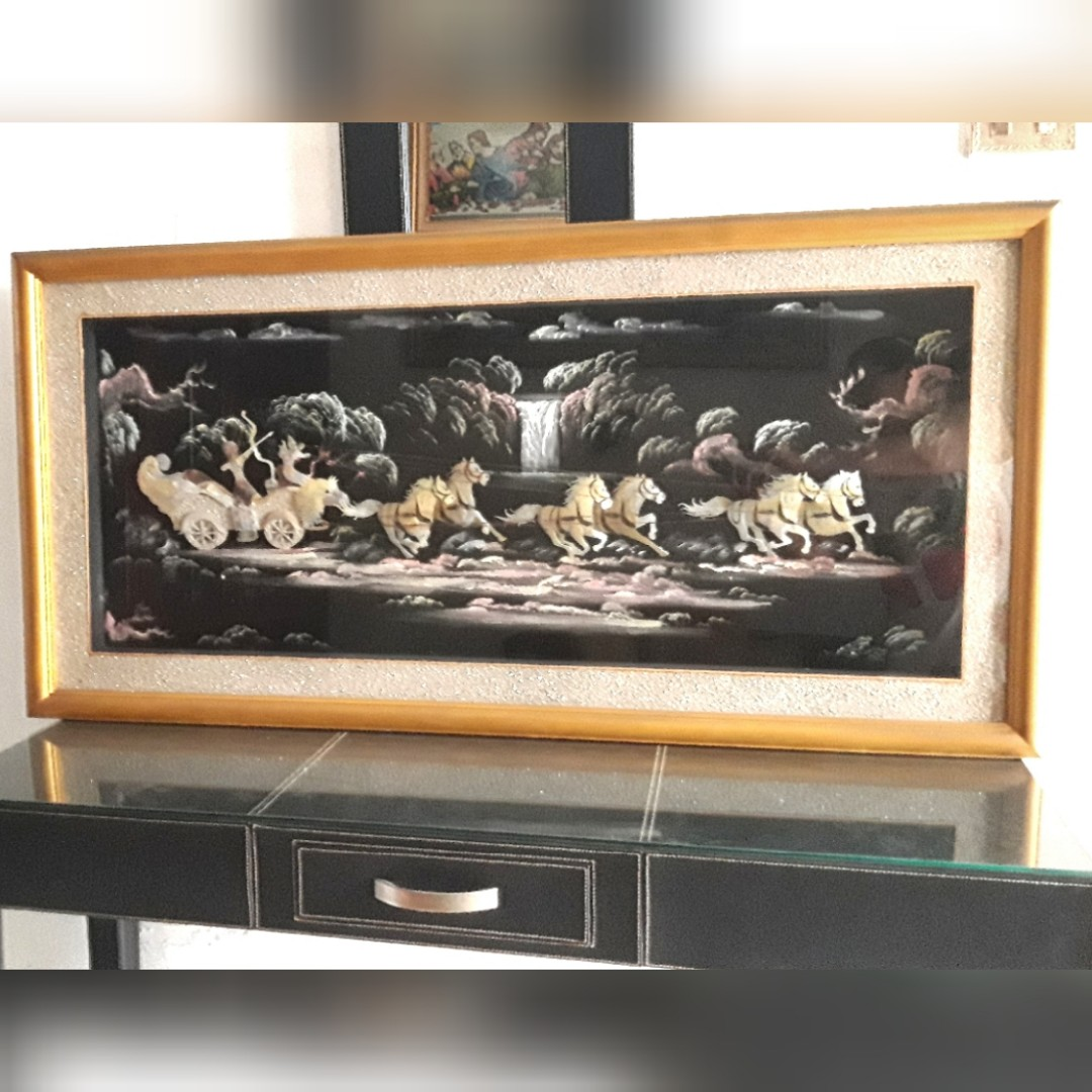 Lukisan Kulit Kerang Antik Kereta Kencana Dari Maluku 26695a2dda