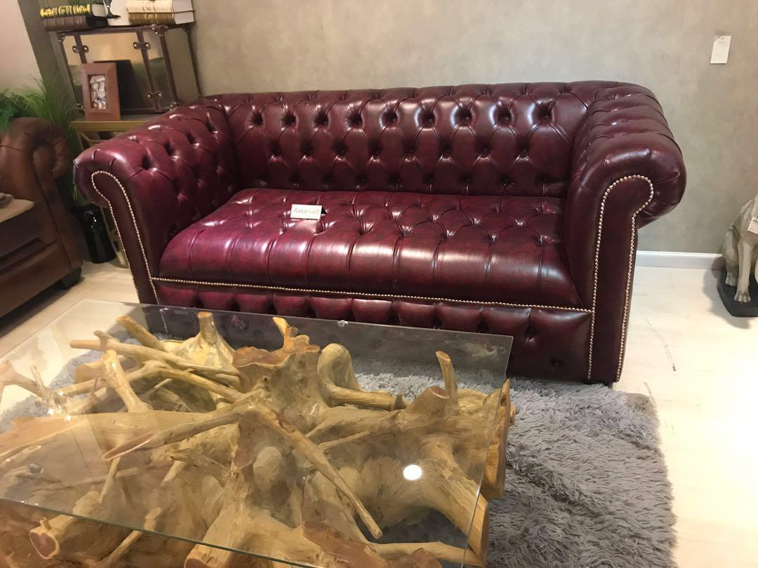 Awe Inspiring New Red Distressed Chesterfield Sofa Furniture Sofas On Inzonedesignstudio Interior Chair Design Inzonedesignstudiocom