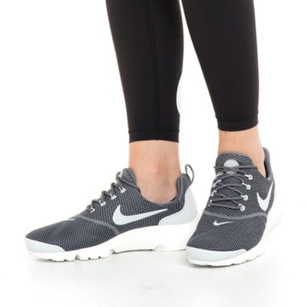 17e8d349b7668 NIKE Presto Fly Womens Running Shoes Cool Grey Authentic Brand New ...