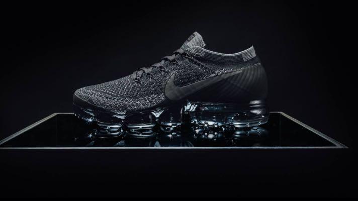 buy popular 44848 553a9 Nike VaporMax Flyknit Triple Black (Female)