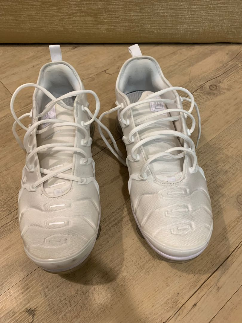 6ab94ba2b6d18 Rare US11.5 Nike AirMax VaporMax - Triple White