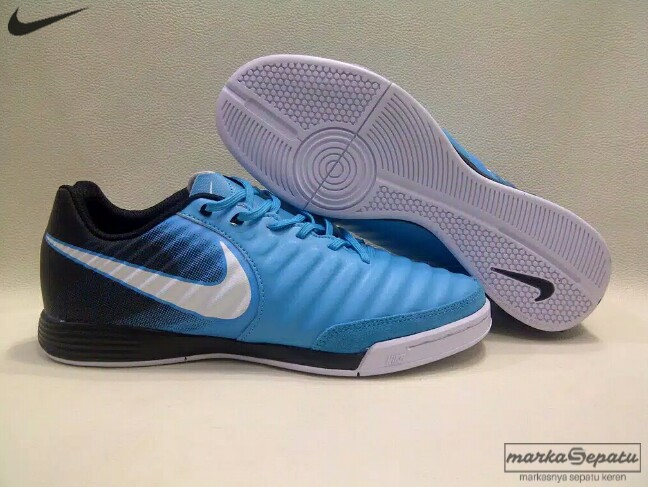 d792f805d7023 Sepatu Futsal Nike Tiempo X Legend VII Ice Blue IC, Sports, Athletic &  Sports Clothing on Carousell