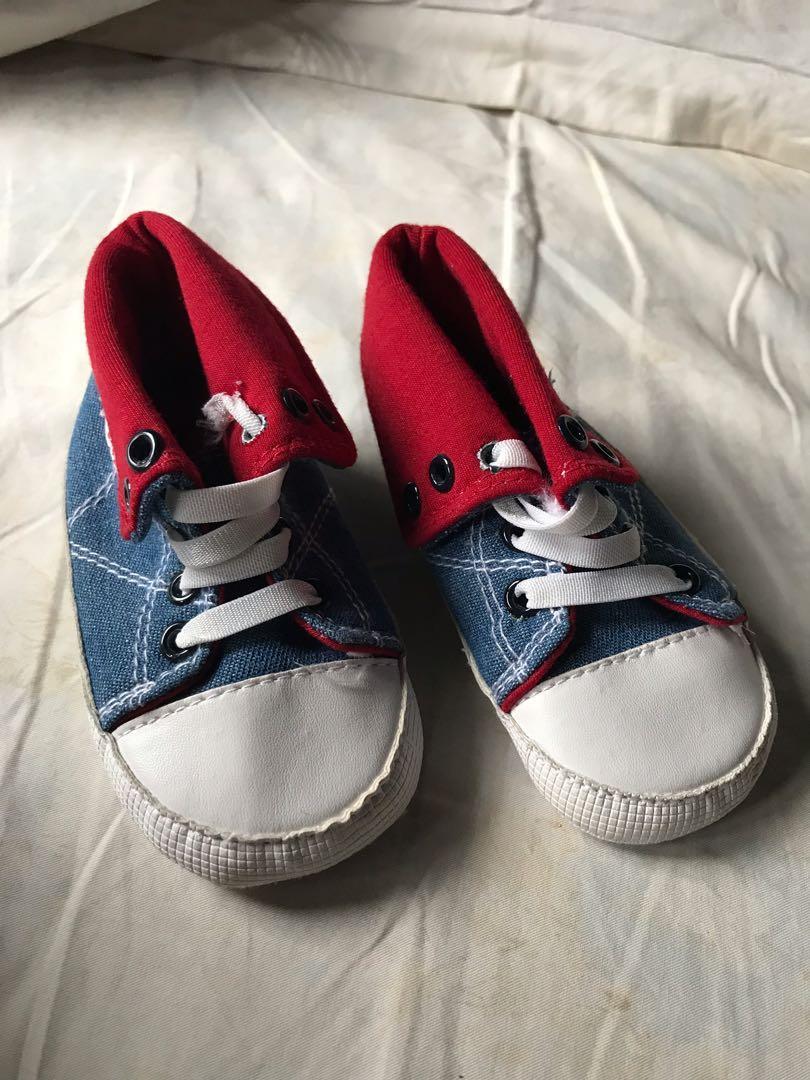Sepatu Pre walker