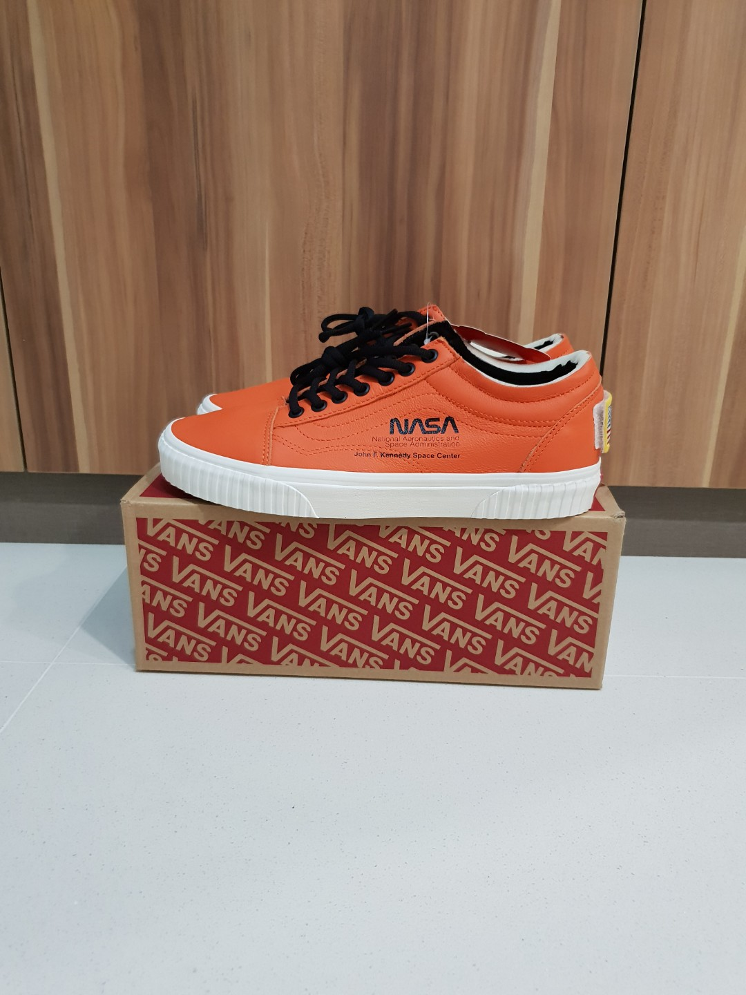 Vans x NASA Old Skool Space Voyager Firecracker US9 b7a904727
