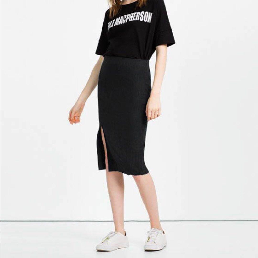 e6f4b72268 ZARA Black Ripped Knit Midi Skirt with Slit, L, Women's Fashion ...