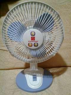 Mini standard electric fan