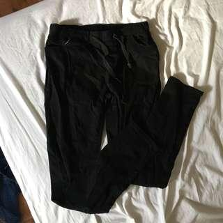Black pant size S