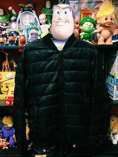 ✌︎近全新Uniqlo輕羽絨外套