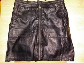 Women Short leather skirt