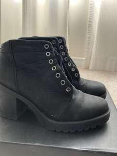 Vagabond Genuine Leather Boots