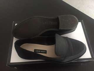 Nine west new black loafers sz 5