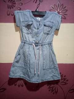 Carter's  Dress (Size 2T)