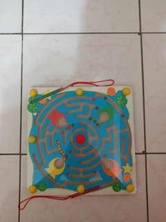 🚚 (出清價)木製磁性運筆迷宮