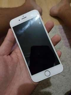 Iphone 6 for sale lady owned