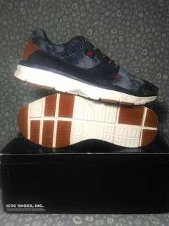 DC Shoes Size 7US Men's - Ortholite