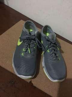 Authentic Nike Shoes (from US)