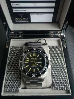 Royal Tact diver watch