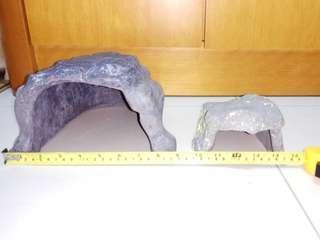 9吋+5吋 龜 / 爬蟲動物洞 ×2 • 9'+5' Turtle / Reptile Cave ×2