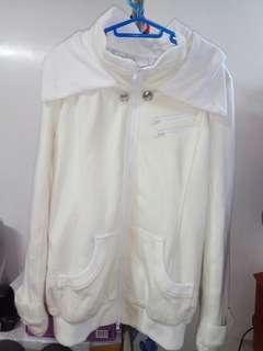 99% 新米色韓國保暖外套• 99% New Korean Jacket