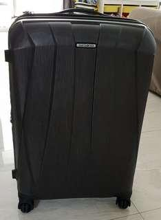 Samsonite 28 inch