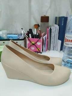 WEDGES JELLY SHOES BALANCE