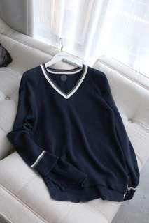 Navy knit sweater size M