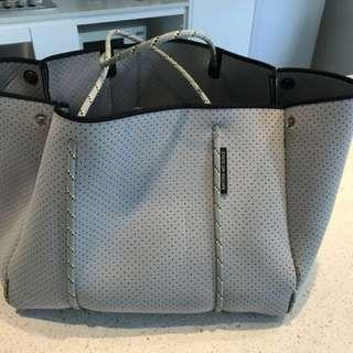 MAKE AN OFFER State of Escape Grey Escape tote