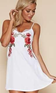 Popcherry Size S(8) White Floral Embroidered Dress