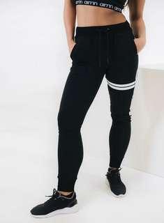 AIM'N  Casual Black sweatpants + shorts Size L