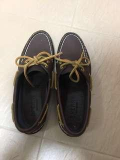 Sperry moccasin woman's