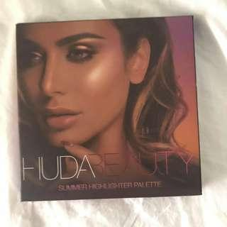 Huda Beauty Summer Highlighter Palette