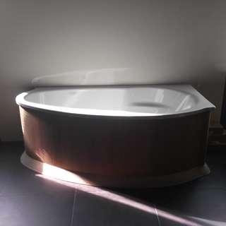 Kaldewei Corner Built-in Bathtub