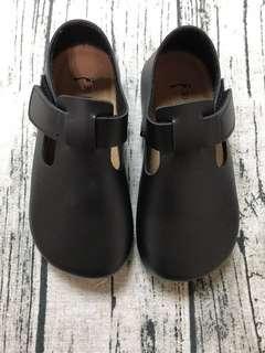 🚚 男女童包腳大頭鞋/豆豆鞋